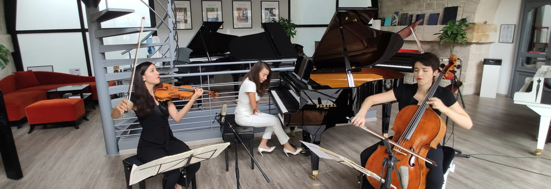 Trio Sōra au showroom Pleyel